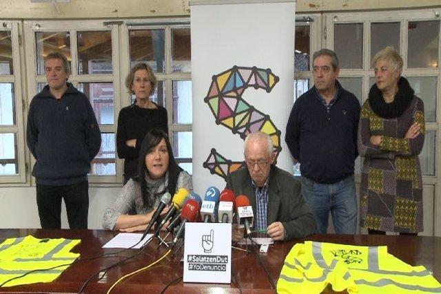 Sare anima a los presos de ETA a denunciar la dispersión