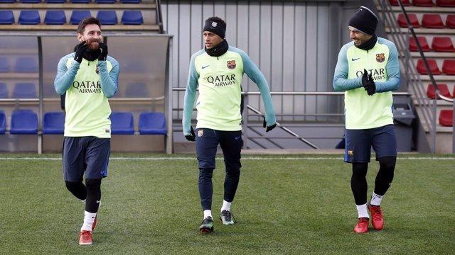 Messi, Neymar y Luis Suárez entrenando con el Barcelona