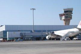 Los aeropuertos canarios aumentaron un 12,2% los pasajeros en 2016
