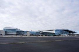 Los aeropuertos gallegos ganaron casi medio millón de pasajeros en 2016