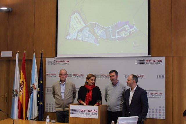 Rueda de prensa sobre el nuevo centro logístico de Froiz en Barro-Meis.