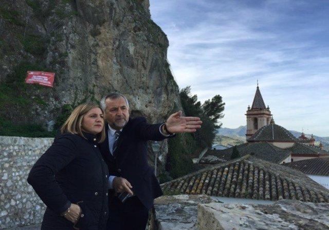 La Diputación de Cádiz supervisa la mejora del Hotel Arco de la Villa