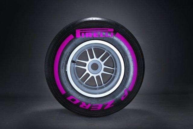 Neumático ultrablando de Pirelli