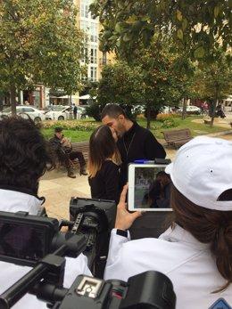 Se busca en Sevilla a la pareja que participará en 'Un beso de película'