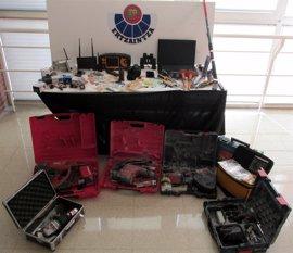 Desarticulado en Gipuzkoa un grupo criminal especializado en robos con 'butrón' en supermercados