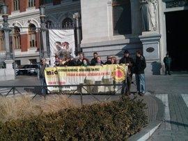 Activistas piden a España y Portugal el cierre de Almaraz en 2020