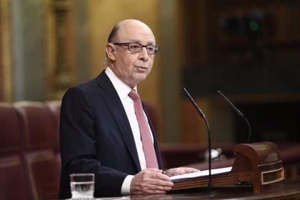 """Montoro anuncia Presupuestos """"exigentes"""" por ser 2017 el año """"más difícil"""" para el déficit"""
