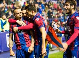 El Levante busca media liga en Huesca