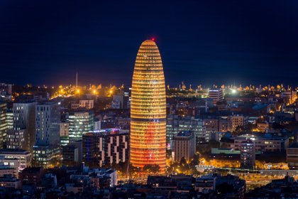 (Ampl.) Merlin Properties compra la Torre Agbar de Barcelona por 142 millones