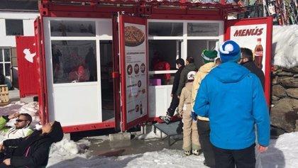 Telepizza abre la primera tienda en Sierra Nevada, a más de 2.300 metros de altura