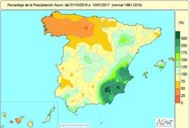La falta de lluvias se agudiza en el noroeste y triplican el volumen normal en el sureste