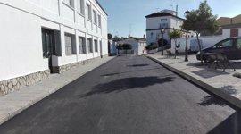 Diputación cumple el plan de pavimentación y mejora de parques infantiles