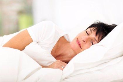 Dormir aumenta la aparición de arrugas