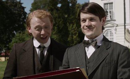 VÍDEO: Ramsay Bolton se convierte en Hitler en Urban Myths