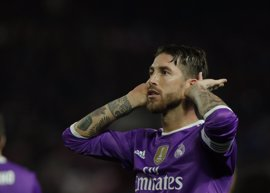 """El Real Madrid expresa su apoyo """"total y absoluto"""" a Ramos"""