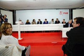 El Comité Federal del PSOE aprueba el calendario de primarias y Congreso propuesto por la Gestora