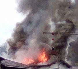 Un incendio causa importantes daños en dos viviendas de Goizueta, sin provocar heridos