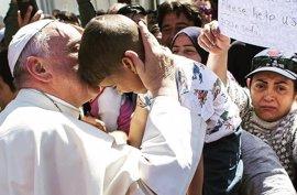 El Papa reclama medidas para proteger a los inmigrantes menores de edad
