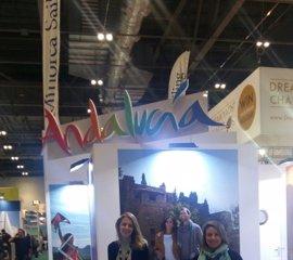 Andalucía promociona la oferta de sus puertos andaluces en el Salón Náutico de Londres