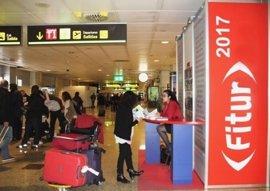 El Aeropuerto Adolfo Suárez Madrid-Barajas cuenta con tres puntos de información sobre Fitur