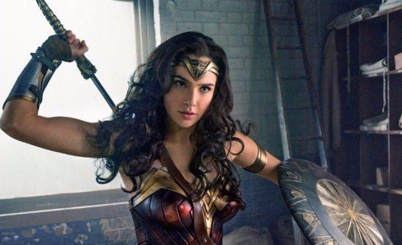 Hipólita con su hija Diana, Wonder Woman.