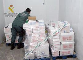 Guardia Civil y Comunidad intervienen en una nave industrial 1.600 kilos de pulpo capturado de forma ilícita