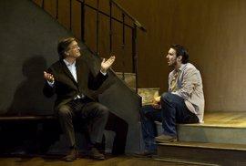 El Festival de Teatro de Málaga estrena '(Des)montando musicales' y 'Serlo o no'