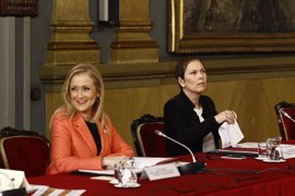 'Génova' y el PP de Madrid prevén verse esta semana para acercar posturas sobre la enmienda de primarias