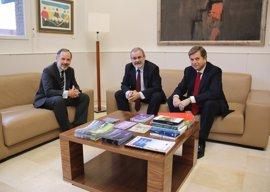 UC y Banco Santander analizan su colaboración