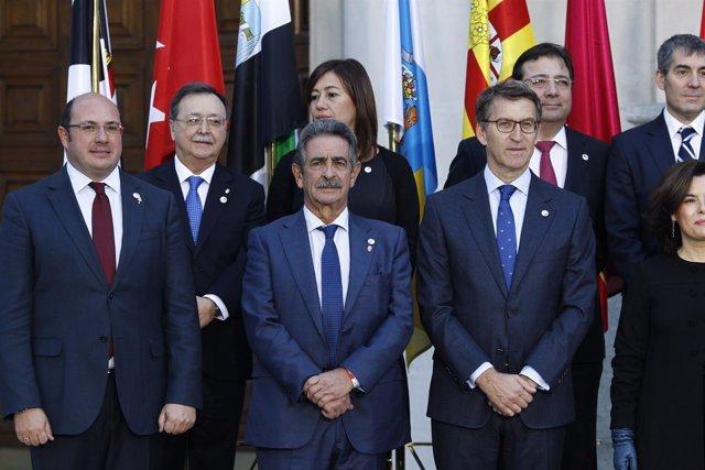 Miguel Ángel Revilla y Feijóo en la Conferencia de Presidentes en el Senado
