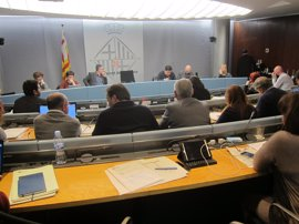 Barcelona elaborará un informe para regular la economía solidaria y evitar competencia desleal