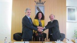 SAS y Gibraleón firman un convenio para la construcción del nuevo centro de salud
