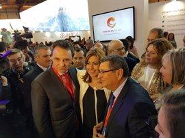 Torremolinos cerrará acuerdos con dos touroperadores y promociona sus atractivos en Fitur