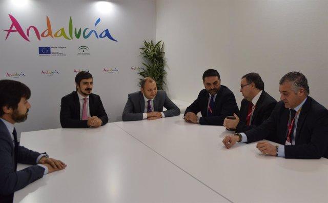 El consejero de Turismo,Francisco Javier Fernández, se reúne con Turkish Airline