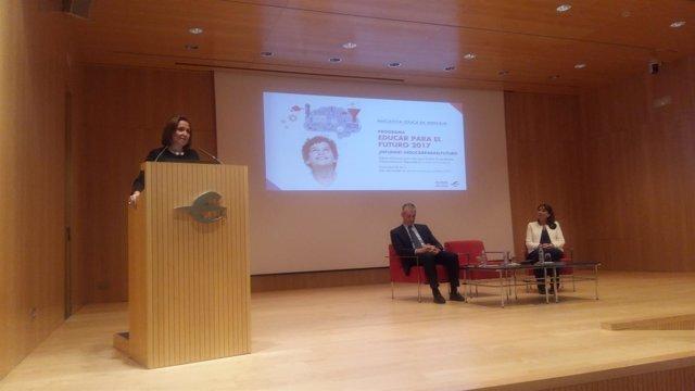 Mayte Pérez inaugura el programa 'Educar para el futuro 2017' de Ibercaja