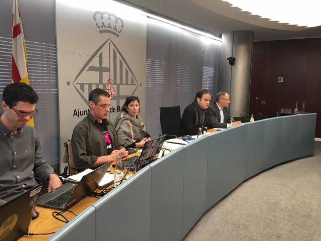 Miembros de la entidad Xnet, Jaume Asens y Joan Llinares