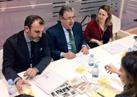 Salom muestra su apoyo al sector turístico de Baleares