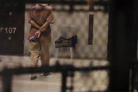Estados Unidos evacua a cuatro presos más de Guantánamo a escasas horas del cambio de presidente