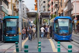 Los usuarios del Tranvía de Tenerife le dan un notable alto al servicio