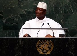 Jamé accede a dejar el poder y abandonará Gambia, según Barrow