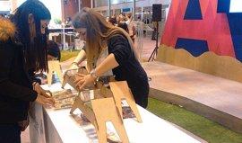 Tradición, música y poesía en el stand de Aragón en Fitur