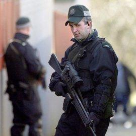 Un policía herido tras ser tiroteado en Irlanda del Norte