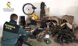 Detenido un varón por tres robos perpetrados en Almonte (Huelva) y Camas (Sevilla)