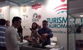 La Diputación de Badajoz participa en Madrid-Fusión con tapas elaboradas con productos con Denominación de Origen