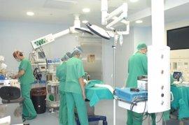 Área Sanitaria Sur de Córdoba incorpora equipamiento en Ginecología y Urgencias