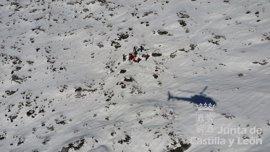 Rescatado un montañero tras caer unos 400 metros de ladera