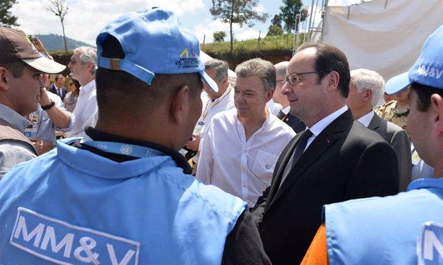 Juan Manuel Santos y François Hollande