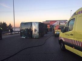 Se elevan a 21 los menores atendidos por heridas leves en el accidente del autobús escolar de Fuenlabrada