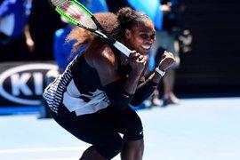 Serena arrolla a Konta y Lucic-Baroni prosigue su sueño