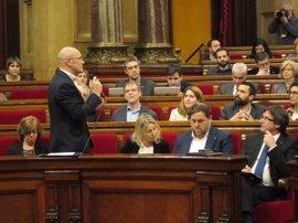 Romeva rechaza responder sobre el coste del viaje a Bruselas y lo colgará en la web